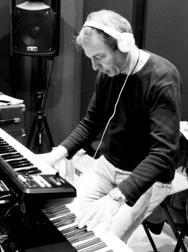 dante-roberto-keyboard-piano-vocal