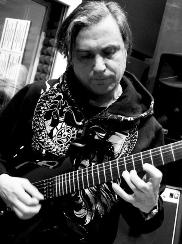 jimmy-troccoli-guitar